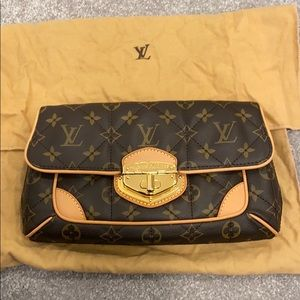 Used once and perfect Louis Vuitton clutch